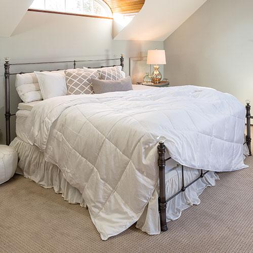 White Hotel Plush Cool Comforter