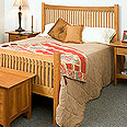 New England Wood Chatham Bed