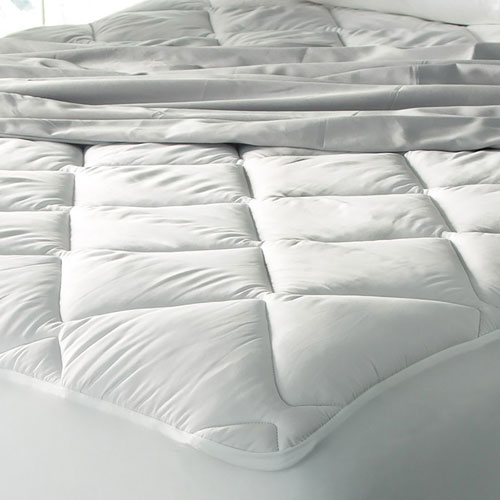 Hotel Style Ultra Plush Mattress Pad