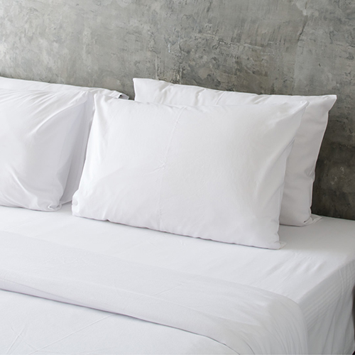 Hotel Plush Hypoallergenic Pillow