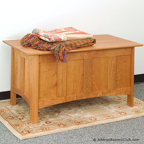 New England Wood Chatham Lift-Lid Blanket Chests