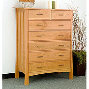New England Wood Weston 7-Drawer Dressers