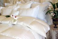 Venus Siberian White Down Comforters